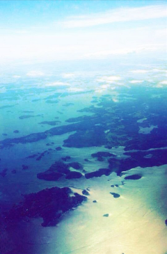 plane birdseyeview water blue ocean